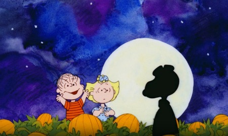 It's The Great Pumpkin Charlie Brown Sally Snoopy Patch Linus Moon