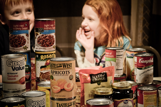 thanksgiving canned food drive kids activities giving