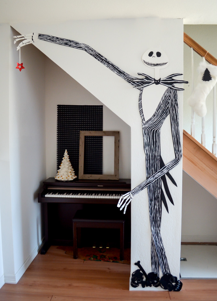 christmas decorations 2014 black and white scandinavian inspired tim burton nightmare before christmas jack skellington gold
